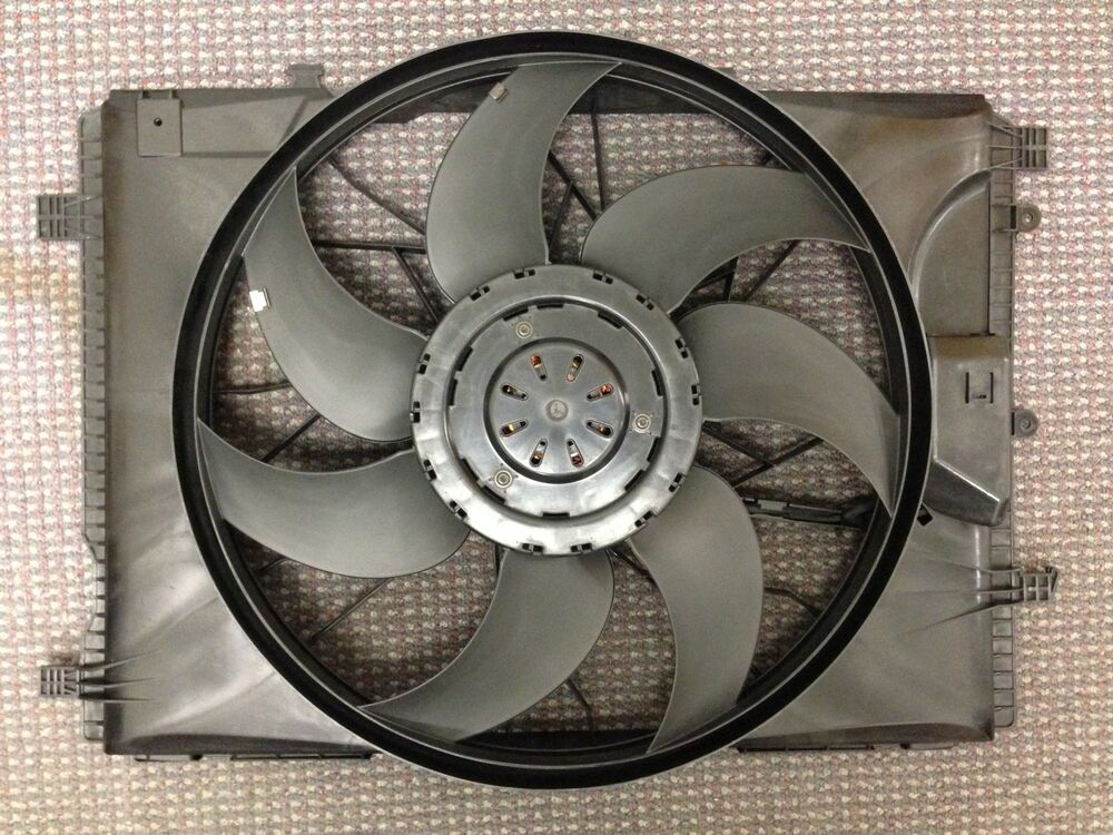 mb3115122 new replacement cooling fan assembly oem. Black Bedroom Furniture Sets. Home Design Ideas