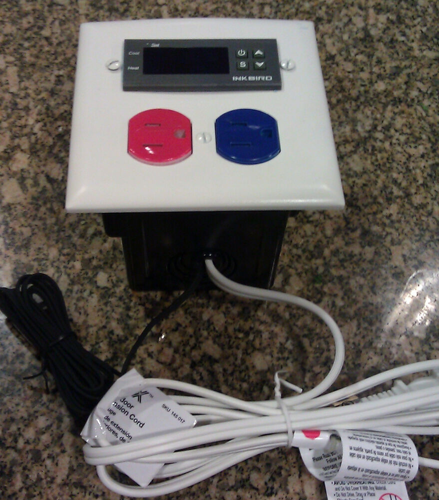 Aquarium temperature controller for heater cooling fans for Fish house heaters