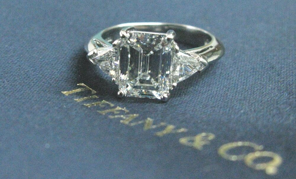 Tiffany Amp Co Platinum Emerald Amp Trillion Cut Diamond