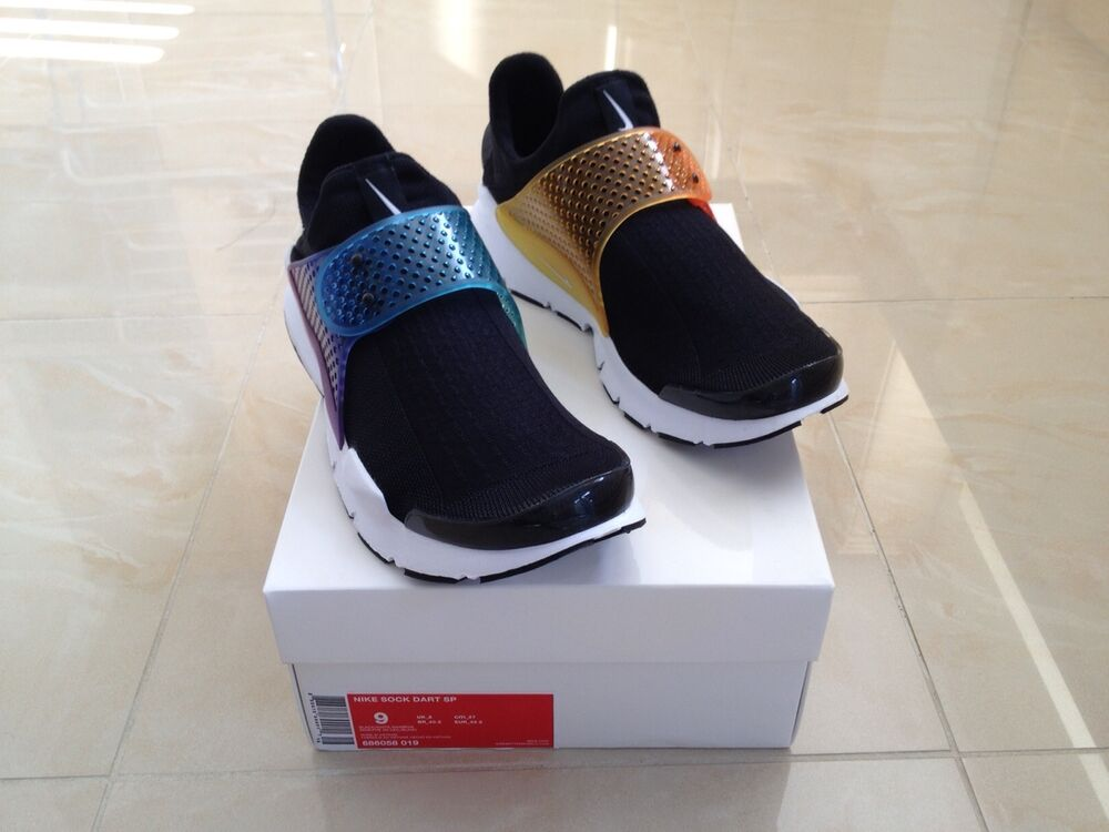 Details about NIKE SOCK DART BE TRUE RAINBOW SIZE UK 11 LIMITED EDITION NEW 91198156b6