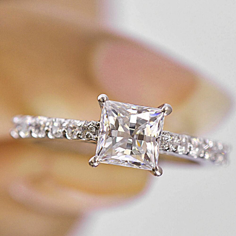 Brillaint princess cut 25 ct solitaire engagement ring in for Princess cut solitaire engagement ring with wedding band
