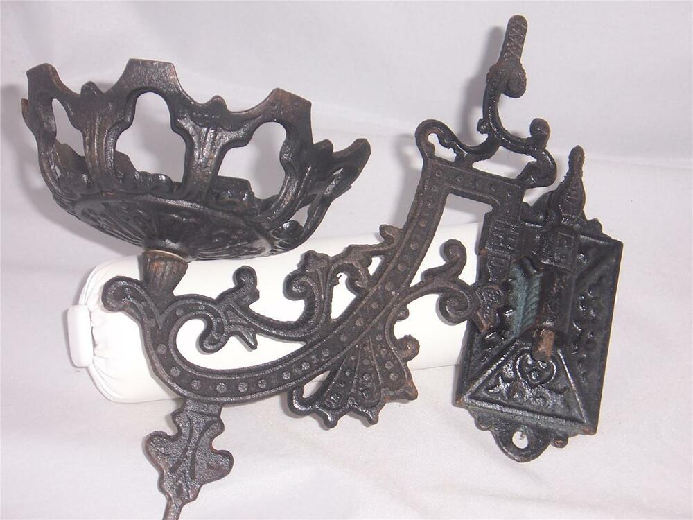 Wall Mounted Lamp Holder : Wrought Iron Wall Mounted Kerosene Lamp Holder Original eBay