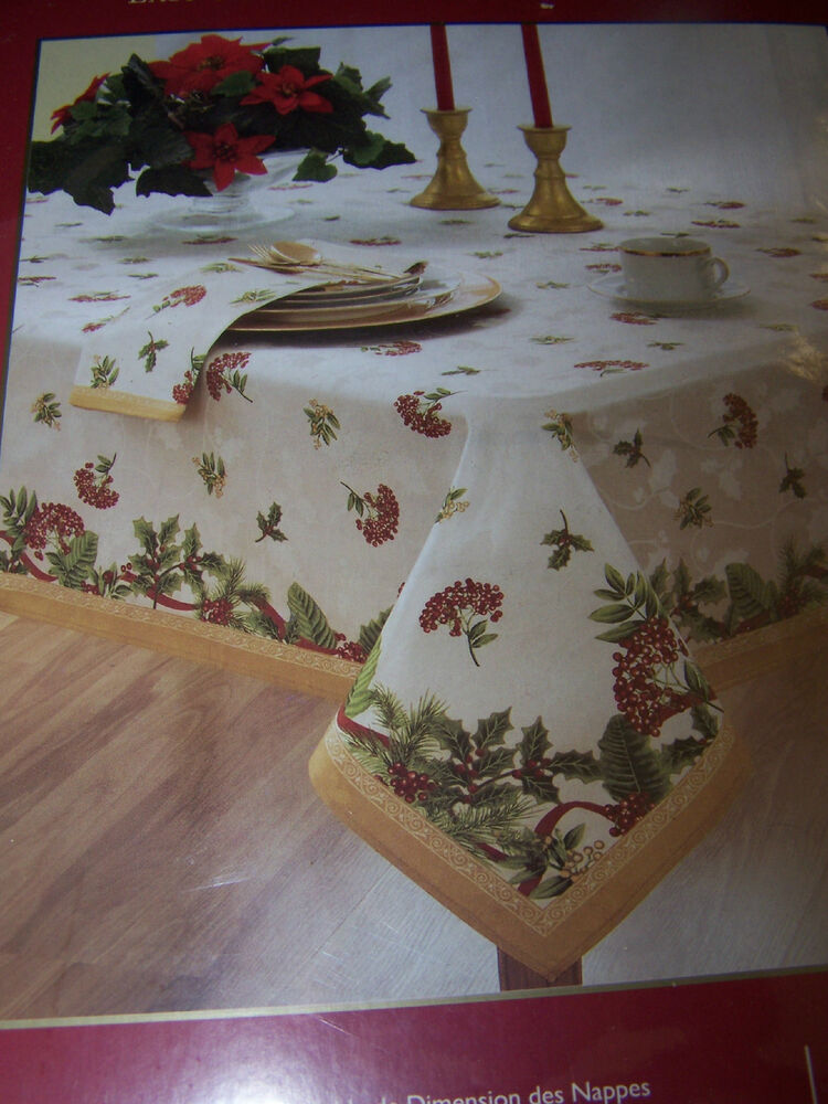 Homewear holiday berry 60 x 120 oblong tablecloth new in for 120 table cloth