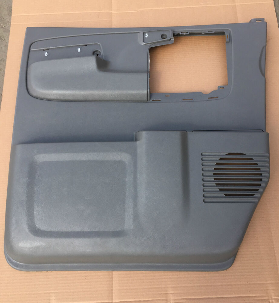 CHEVROLET EXPRESS VAN GMC SAVANNA LH FRONT GRAY DOOR PANEL
