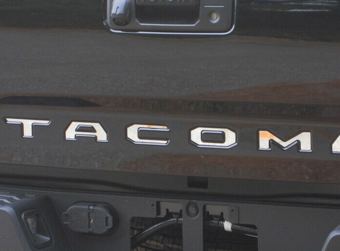 qaa 2016 2017 toyota tacoma stainless steel rear tailgate. Black Bedroom Furniture Sets. Home Design Ideas