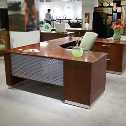 MODERN U-SHAPED EXECUTIVE DESK With Metal And Wood