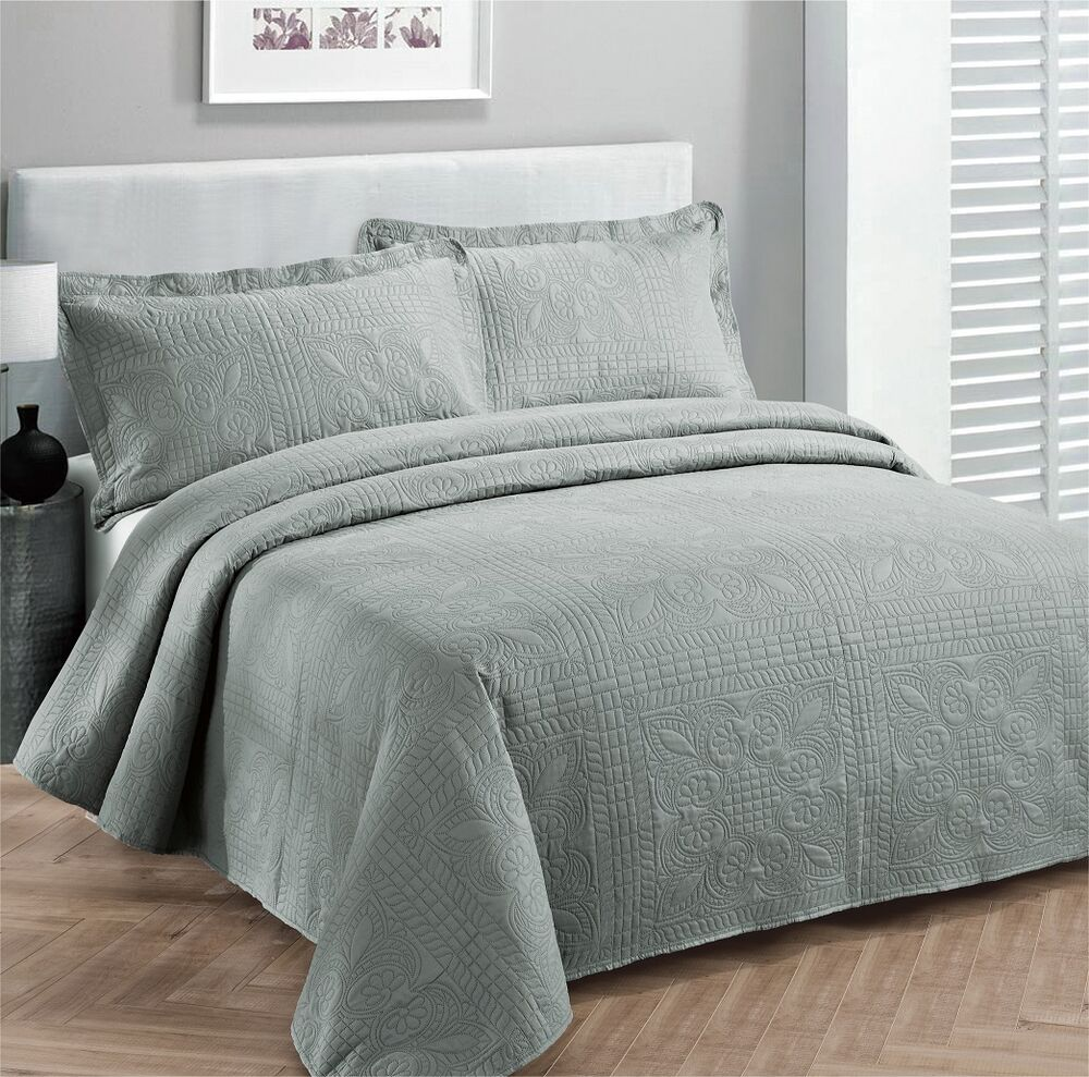 California King 3 Pc Solid Embossed Bedspread Bed Cover