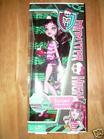 NEW MONSTER HIGH 2011 Mattel SKULL SHORES Sea DRACULAURA Doll HARD-TO-FIND