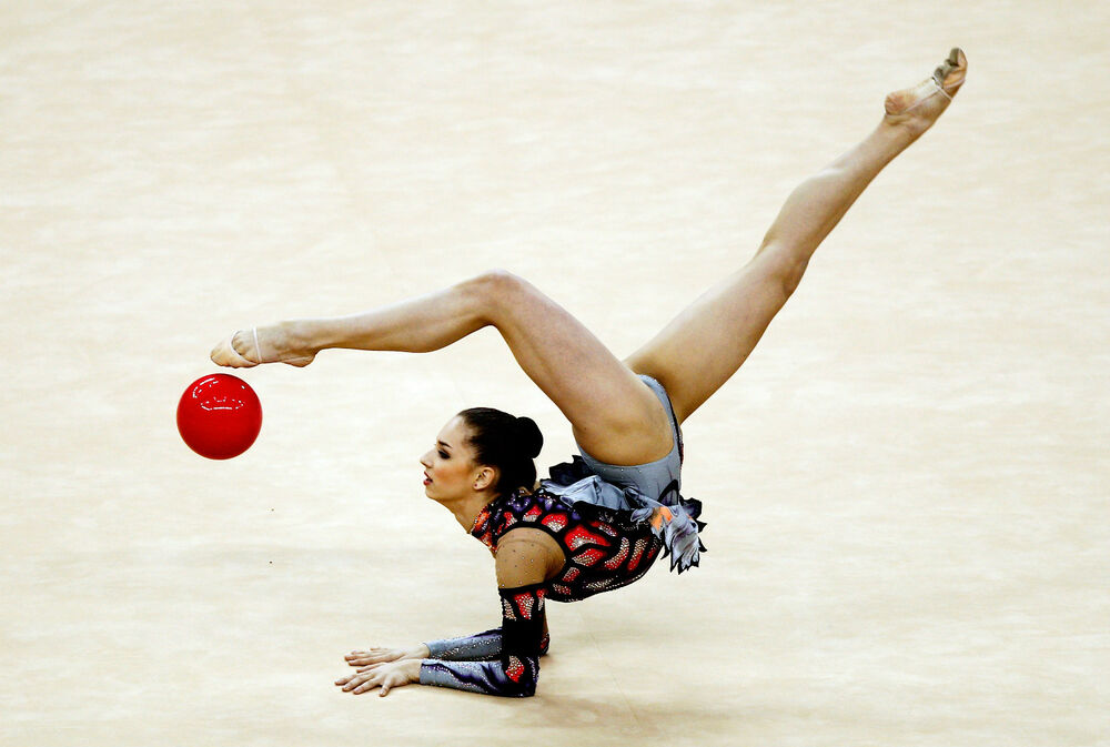 How do rhythmic gymnasts become so flexible What sort of