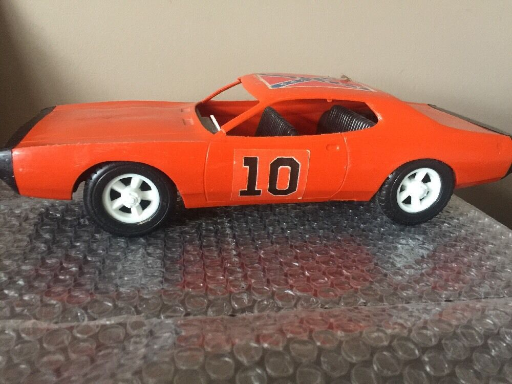 Toy Race Trucks : Vintage gay toys plastic general lee toy car dukes of