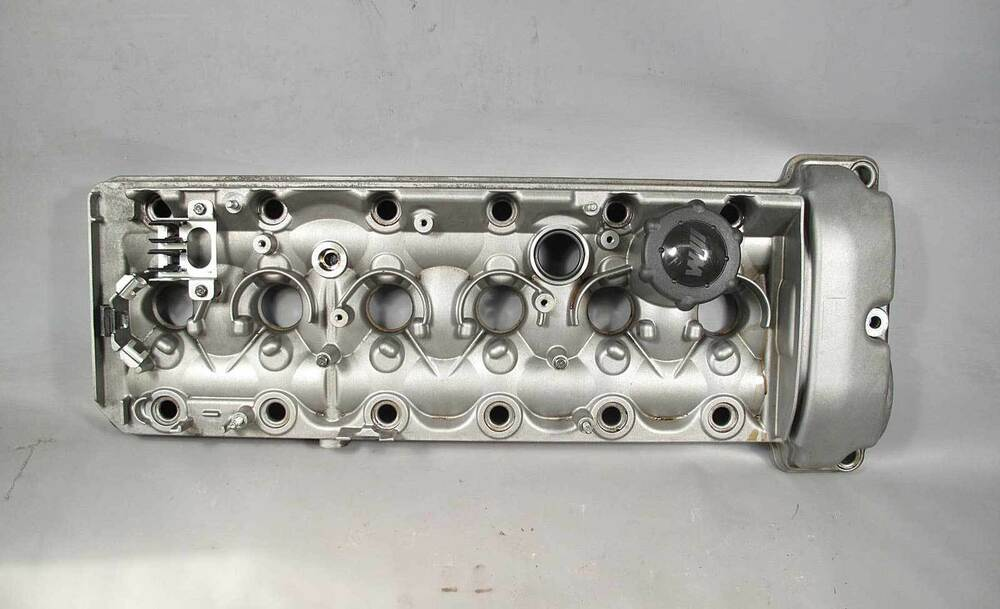 Bmw S54 M 3 2l 6 Cylinder Engine Cylinder Head Valve