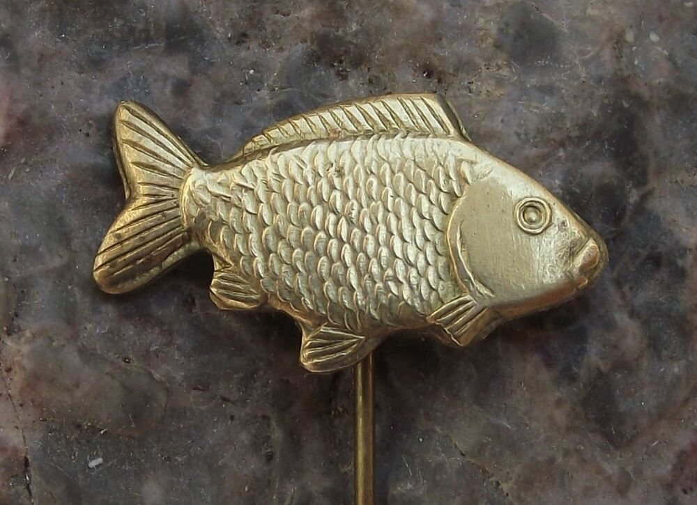 Antique golden metal carp fish czech fisheries lucky for Fishing hat pins