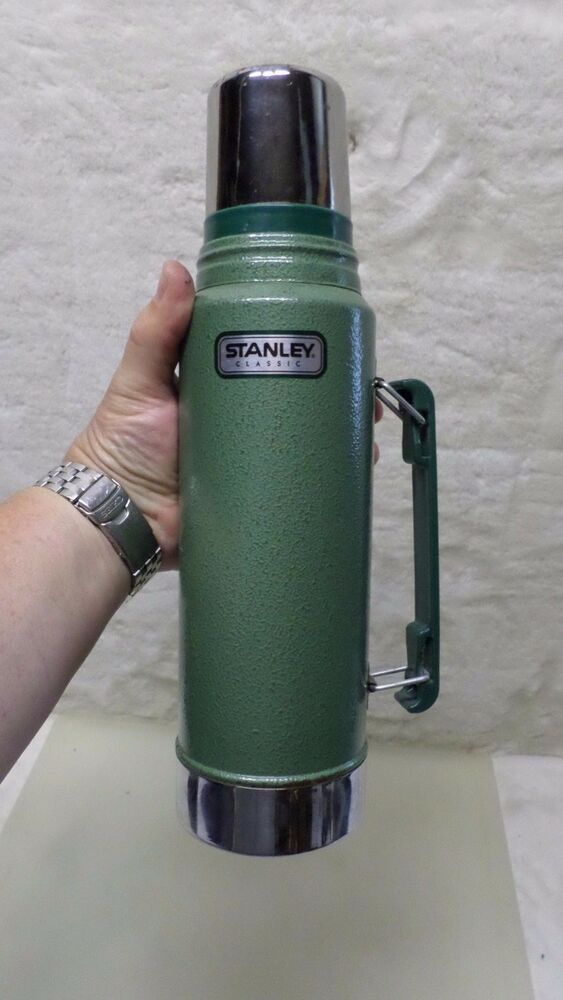 aladdin stanley thermos unbreakable steel quart with pour thru stopper a4482 ebay. Black Bedroom Furniture Sets. Home Design Ideas