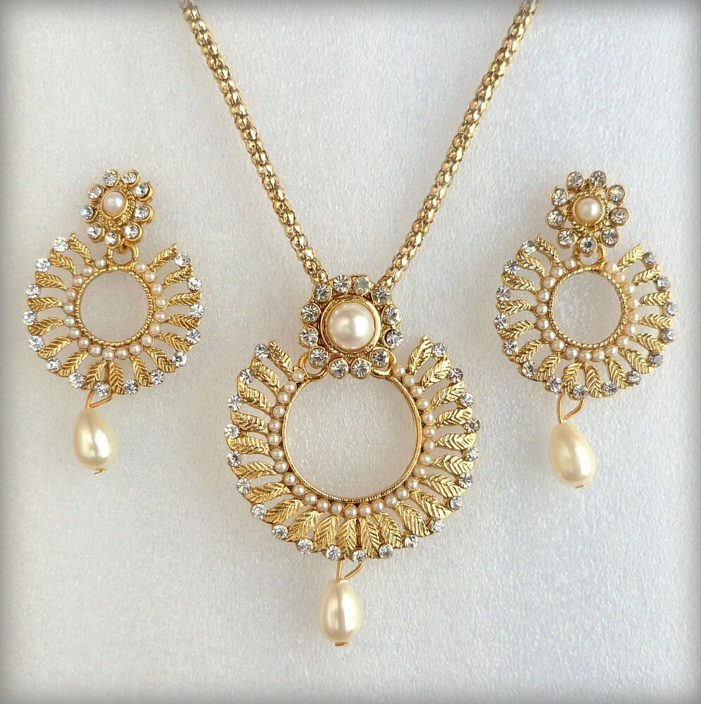 Ethnic Indian Jewelry Gold Necklace Set: Indian Bollywood Ethnic Gold Plated Pearls Pendant