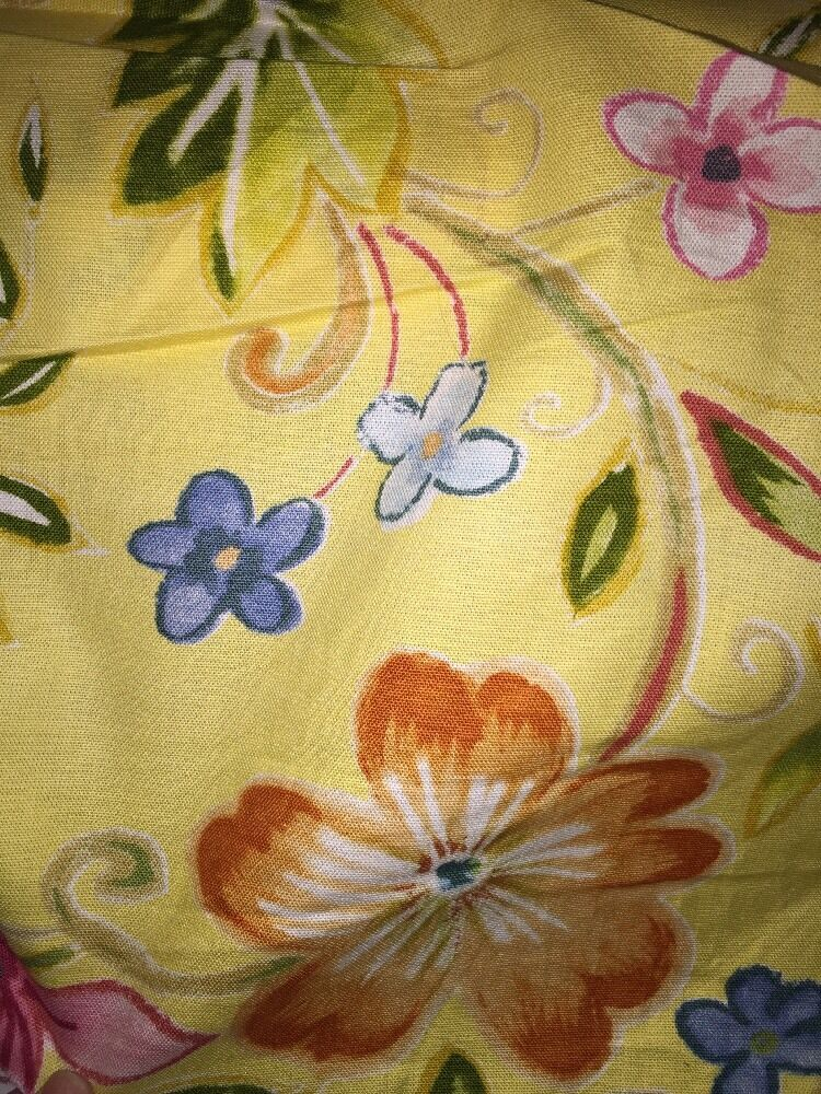 Mill creek floral home decor cotton drapery upholstery for Fabric mural designs