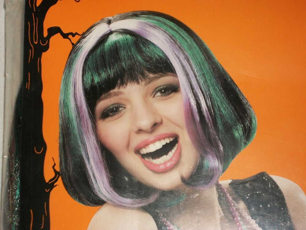 Dark Green With A Black Wig Costumes Halloween Costume
