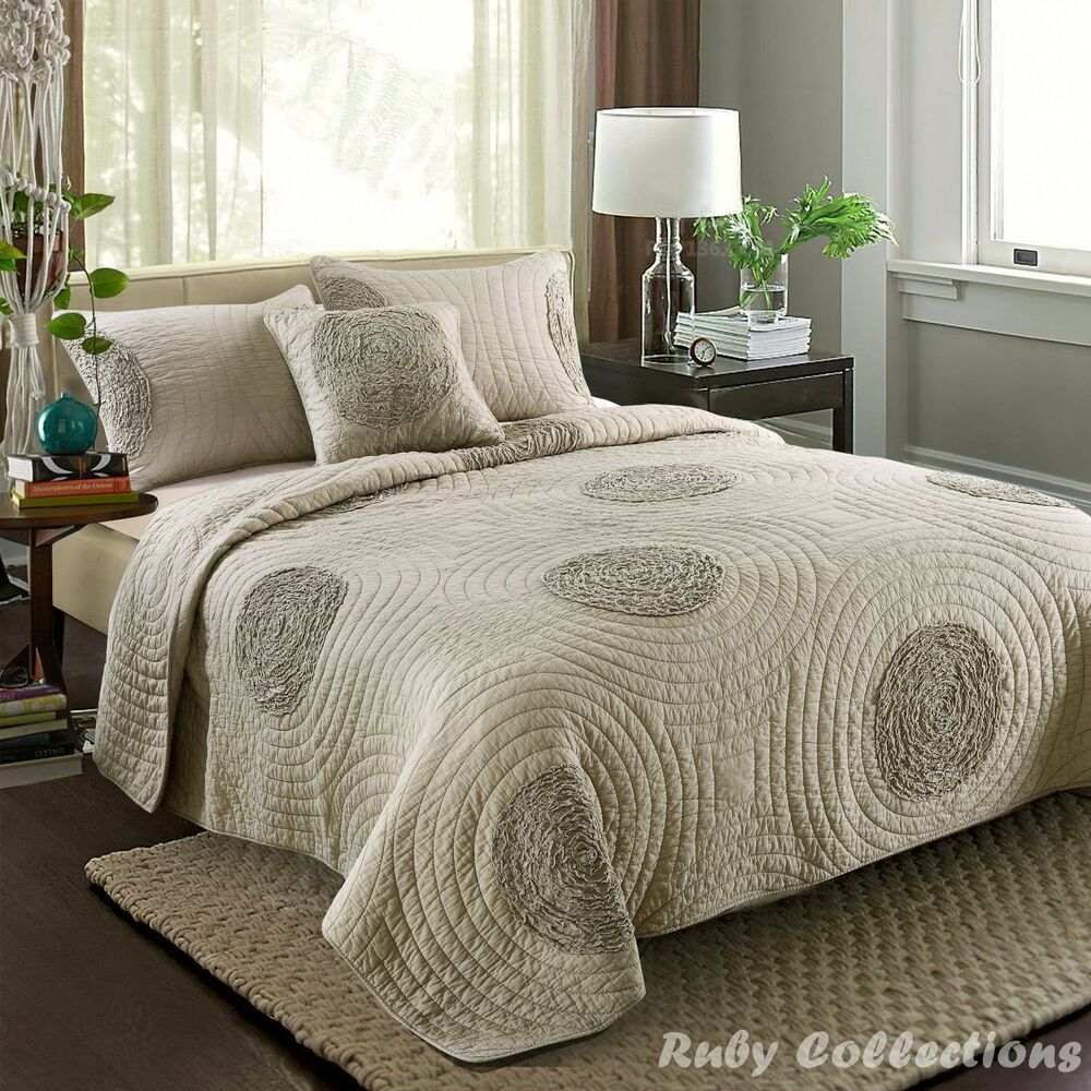 Vintage Cotton Quilted Bedspread Coverlet Throw Blanket