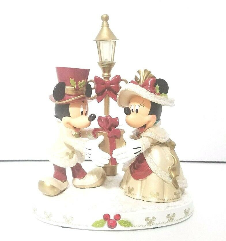 Victorian Christmas Carolers Figurines: Disney Parks Victorian Mickey & Minnie Christmas Light Up