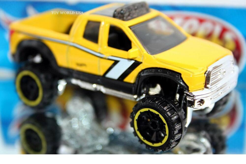 2016 hot wheels hot trucks 2010 toyota tundra yellow off. Black Bedroom Furniture Sets. Home Design Ideas