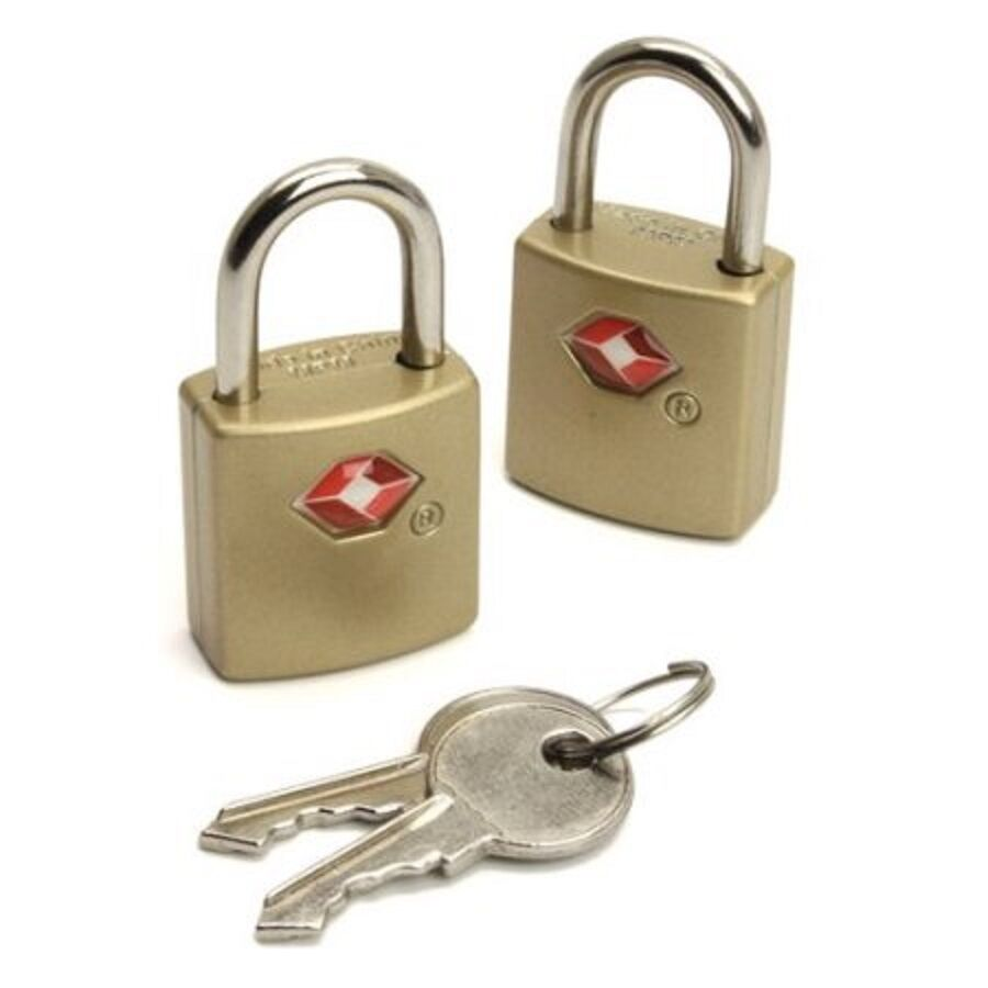 how to set up luggage lock