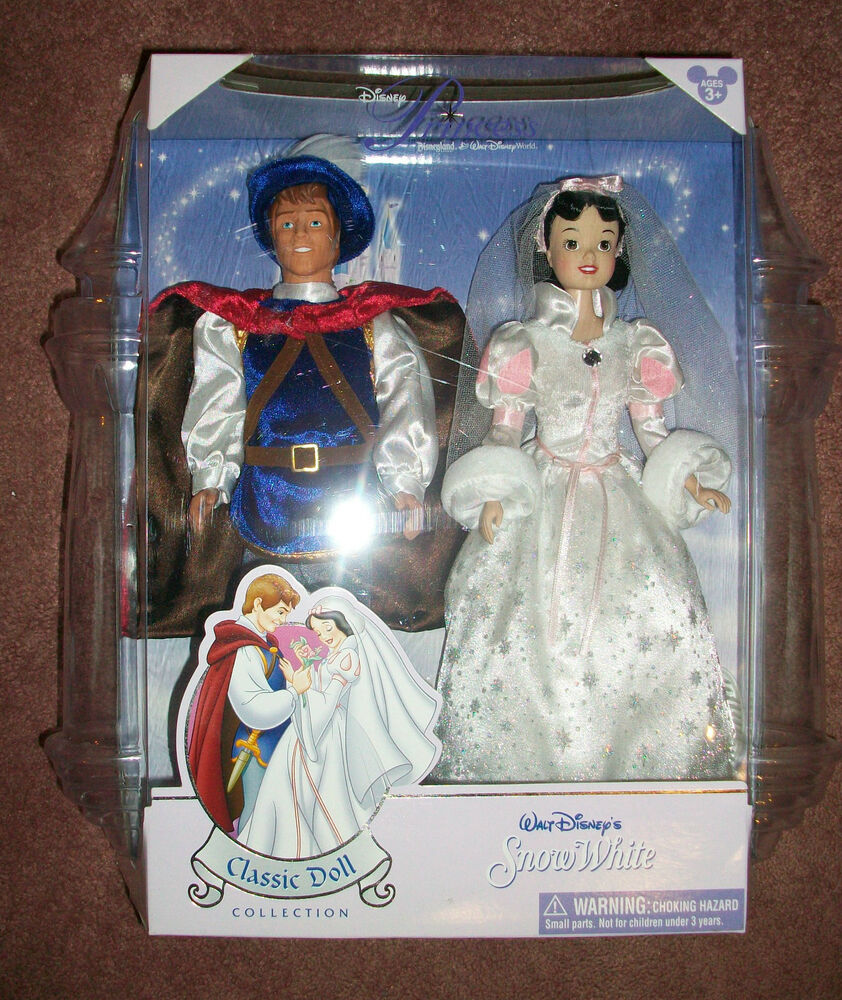 Disney Wedding Gift: Disney's Snow White Classic Doll Collection Wedding Gift
