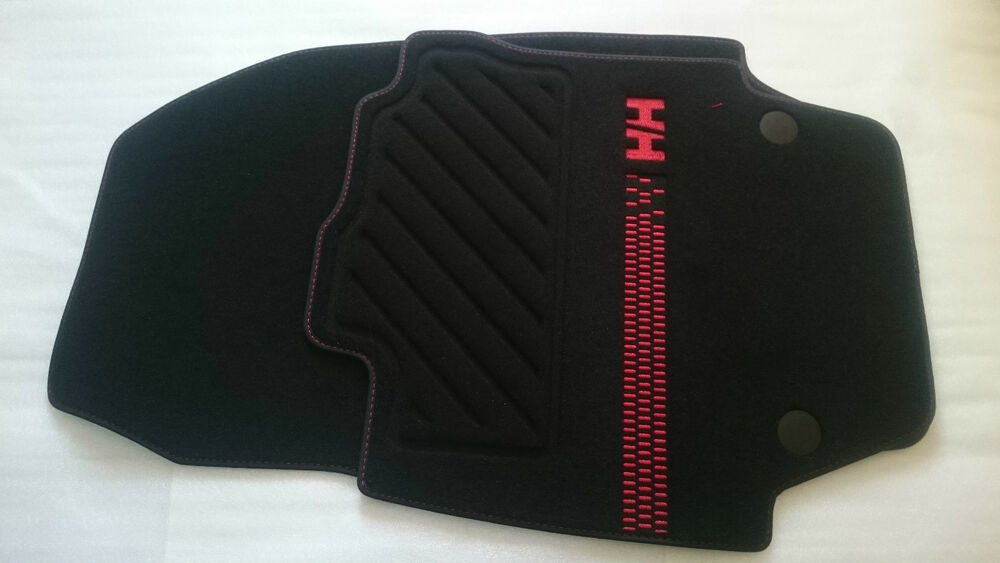 2 tapis de sol textile avant original renault captur helly hansen edition ebay. Black Bedroom Furniture Sets. Home Design Ideas