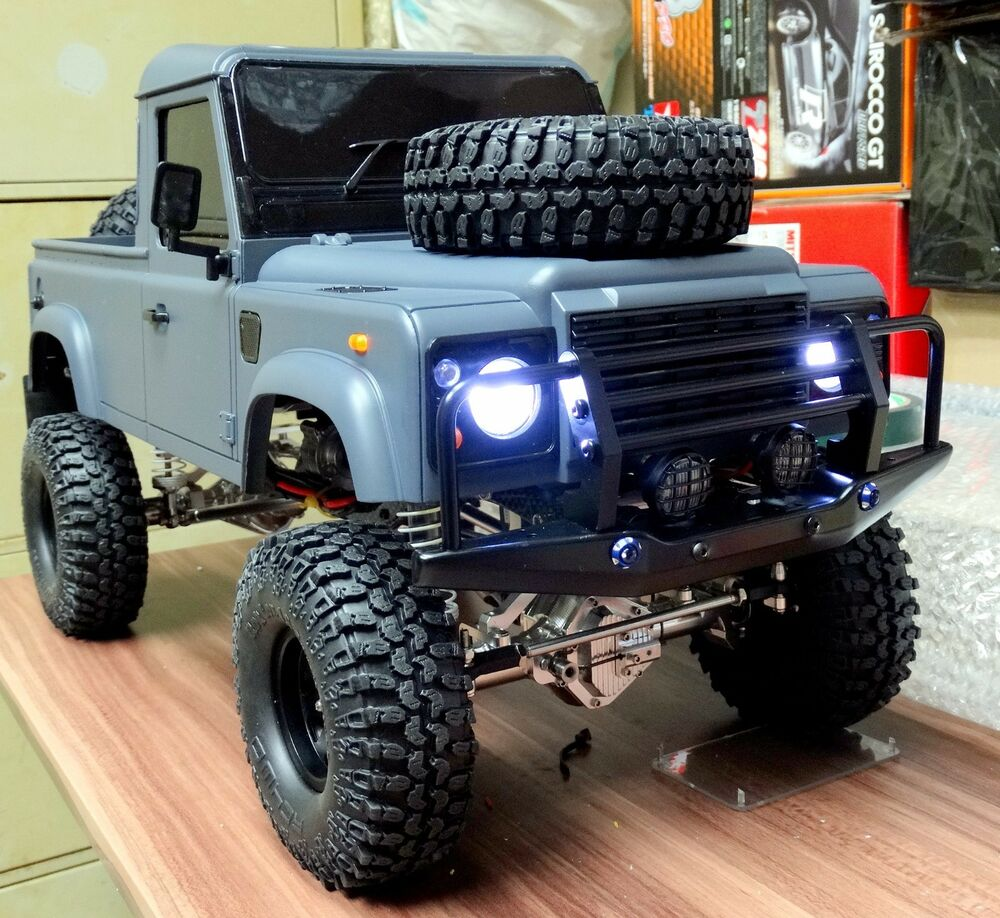 * 313 Mm * 1/10 Land Rover Defender D90 Pick Up Truck Hard
