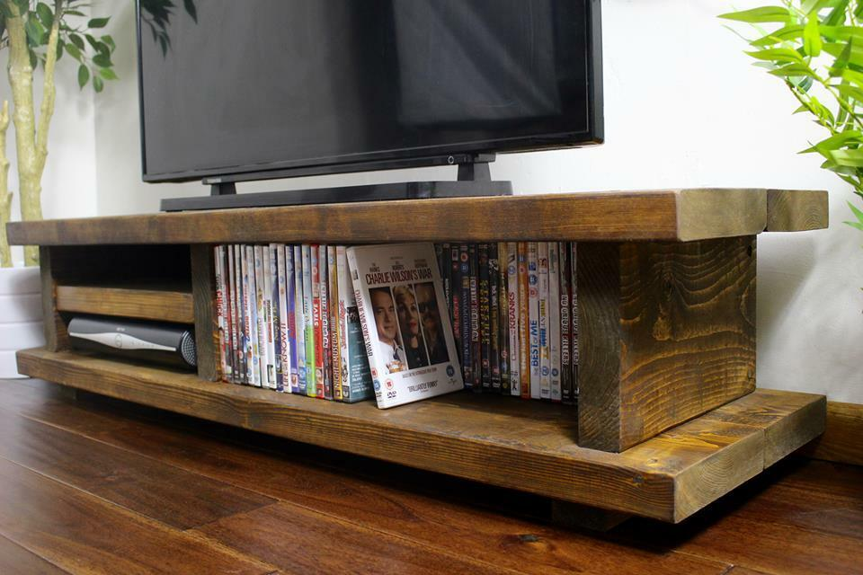 Chunky Rustic TV Audio Unit / Cabinet Solid Wood Oak Stain