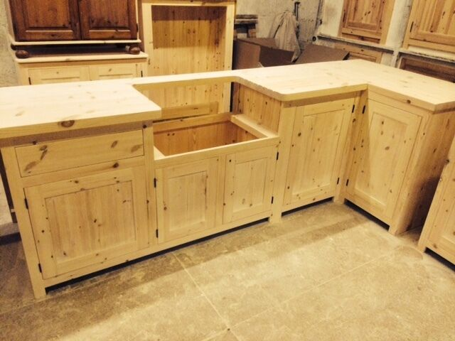Bespoke solid wood kitchen cabinets unfinished 40mm solid pine worktop ebay for Unfinished wood bathroom cabinets