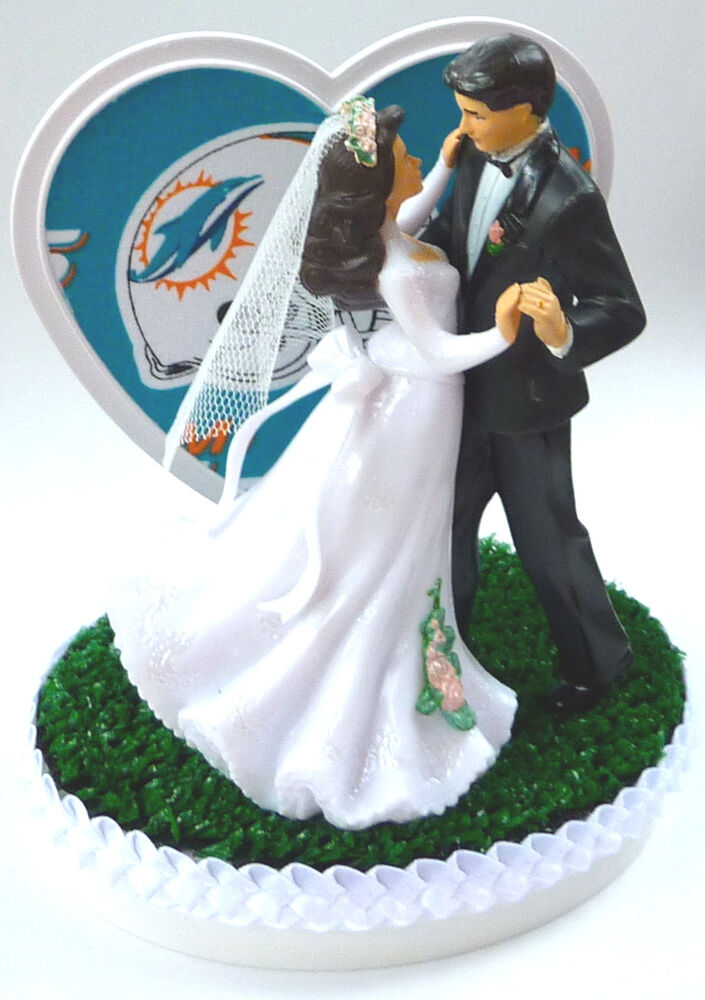 miami dolphin wedding cake toppers wedding cake topper miami dolphins football themed 17330