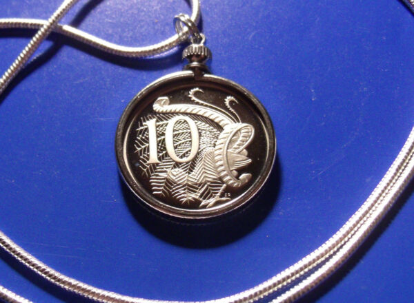 1989 Australia Proof 10c Coin Pendant on an 18k Gold Filled 2mm Round Chain