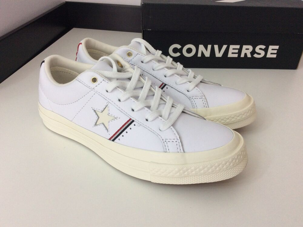 575680837955 Converse One Star Trainers