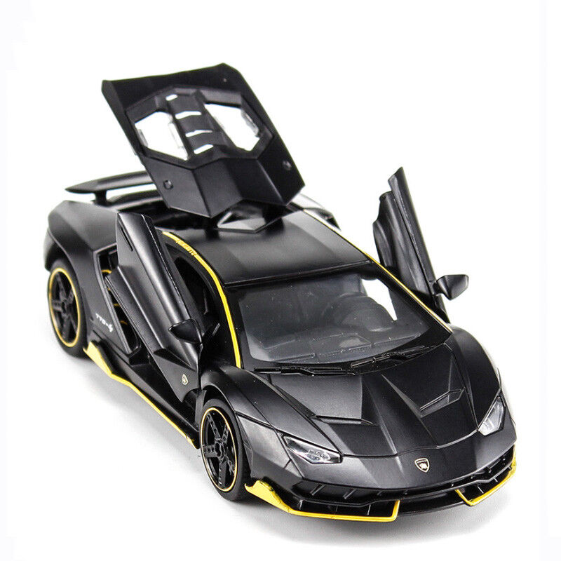 Lamborghini Car: Lamborghini Centenario LP770-4 1:32 Car Model Metal
