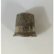 VTG Sterling Silver Thimble, Waite Thresher Star and Sterling Mark, Size 6