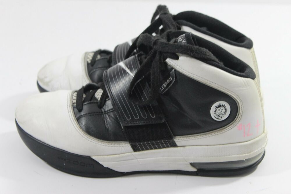 Details about Nike Women s Basketball Shoes LeBron James Zoom Soldier IV  407638-100 Size 8 (E) 9834858d5ded