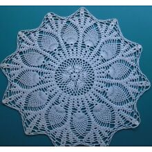 LARGE LOVELY ANTIQUE PINEAPPLE CROCHET DOILIE/DOILY/ PURE WHITE