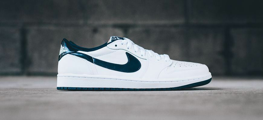 new style 5a90a c0dff Details about Air Jordan 1 Low OG size 8.5. White Midnight Navy Blue.  705329-106. metallic