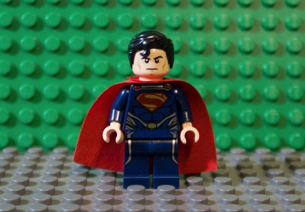 NEW LEGO SUPERMAN FROM SET 76009 MAN OF STEEL sh077