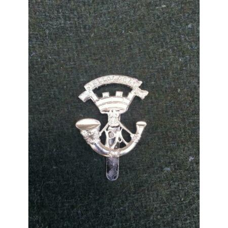 img-Excellent British Army White Metal Somerset Light Infantry OR's Cap Badge