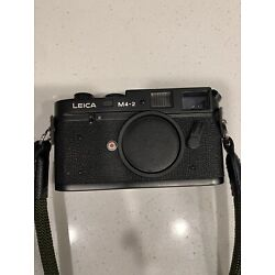 Kyпить Leica M4-2 Rangefinder, Excellent-Near Mint, Recently CLA'd - With Extras на еВаy.соm