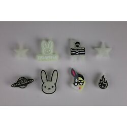 Kyпить NEW 8 pc BAD BUNNY Shoe Charms FOR Croc & Bracelet & shoe Wristband Glow In Dark на еВаy.соm