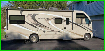2017 Thor Motor Coach Axis RUV 25.2 V10 8.100 Mi 6-Spd Auto 26' Sleeps 5 2 A/Cs
