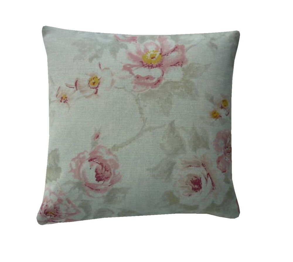 Shabby Chic Cottage Pillows : Shabby Chic