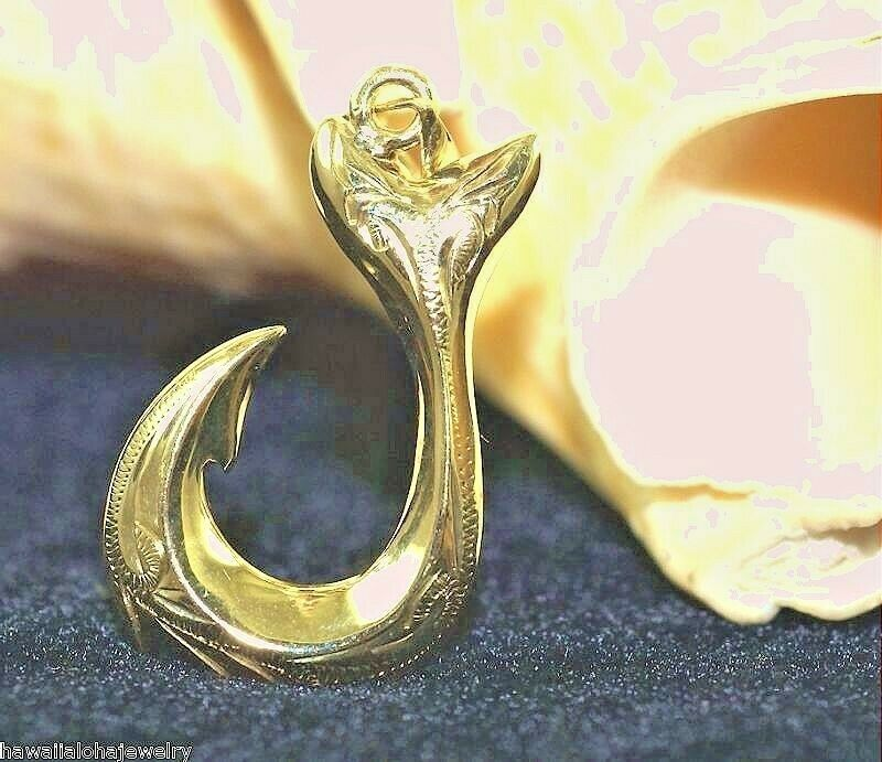 Hawaiian 14k yellow gold engraved heritage scrolls whale for Gold fish hook necklace