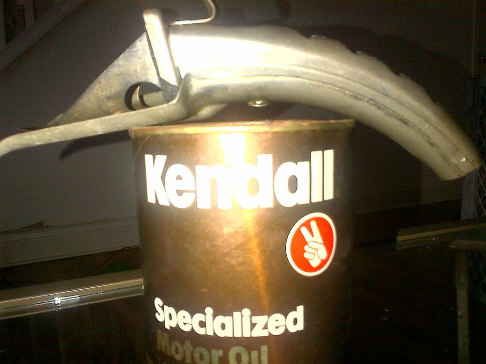 Kendall specialized motor oil quart unopened plus plews for Kendall motor oil history