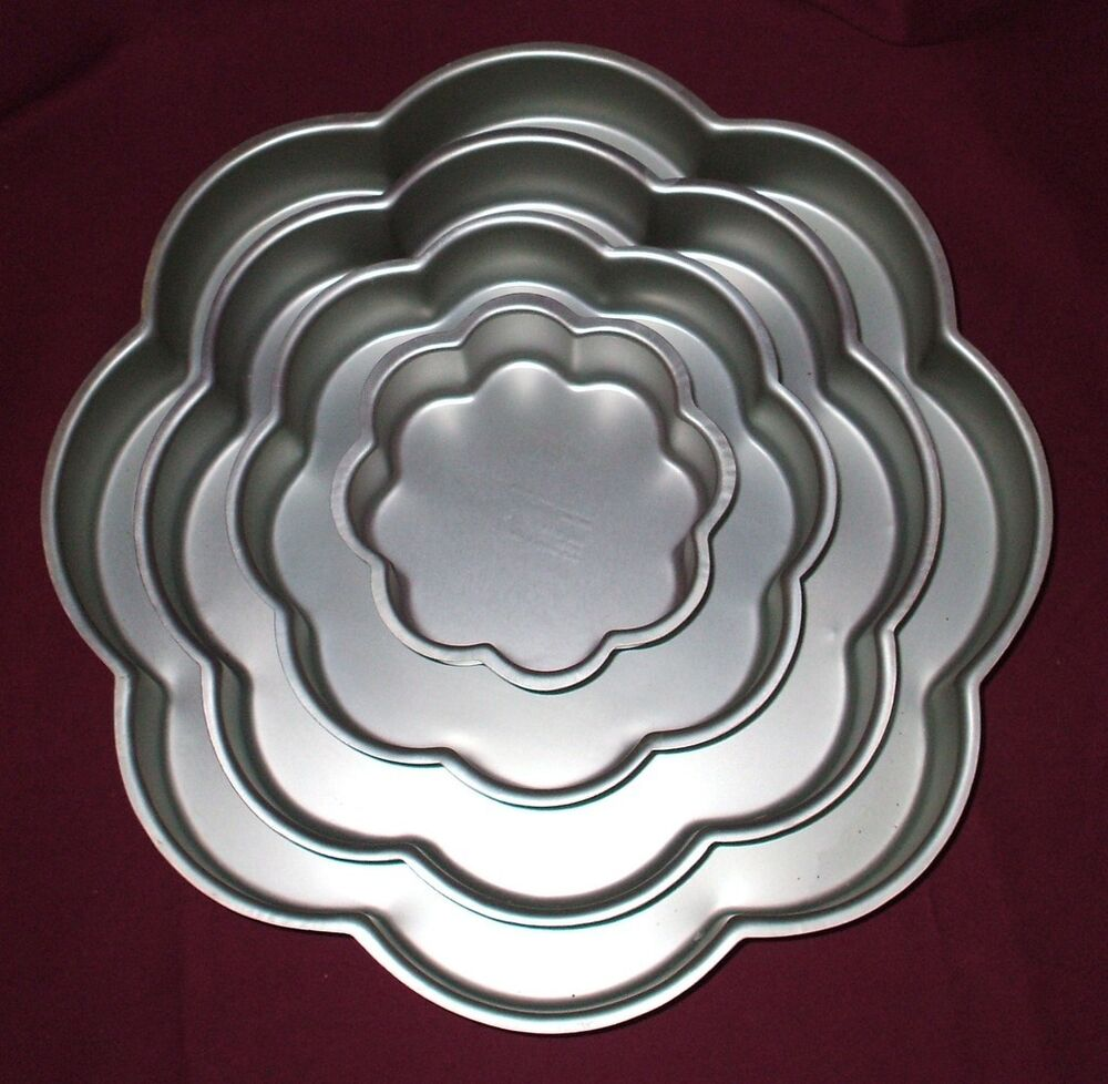 wilton petal shaped wedding cake pan set ebay