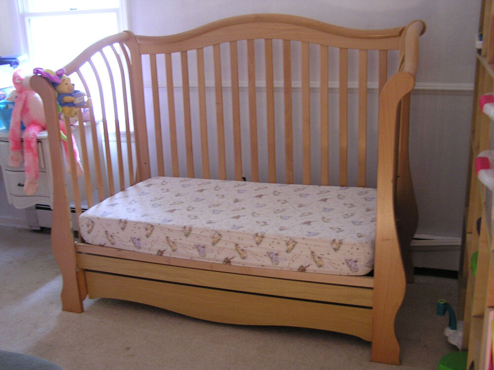 Pali Juliana Wood Toddler S Day Bed Converts To Double Bed