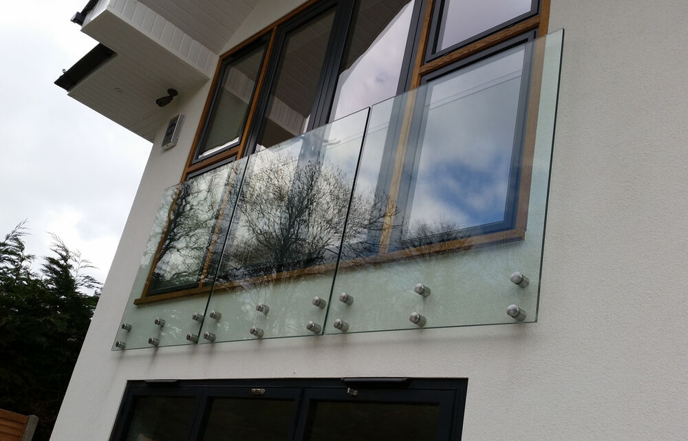 Frameless Glass Balustrade Balcony Bannister Garden
