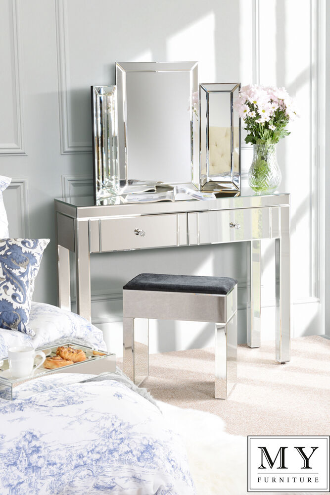 Mirrored Vanity Table And Stool: Luxury Mirrored Dressing Console / Table