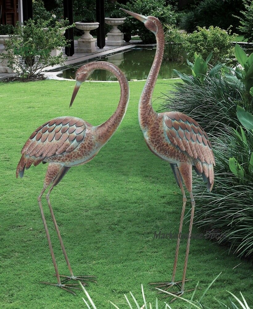 Garden crane pair statues heron bird sculpture metal for Wire yard art